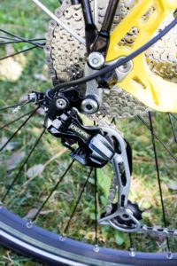 Shimano Deore rear derailleur: indestructible!