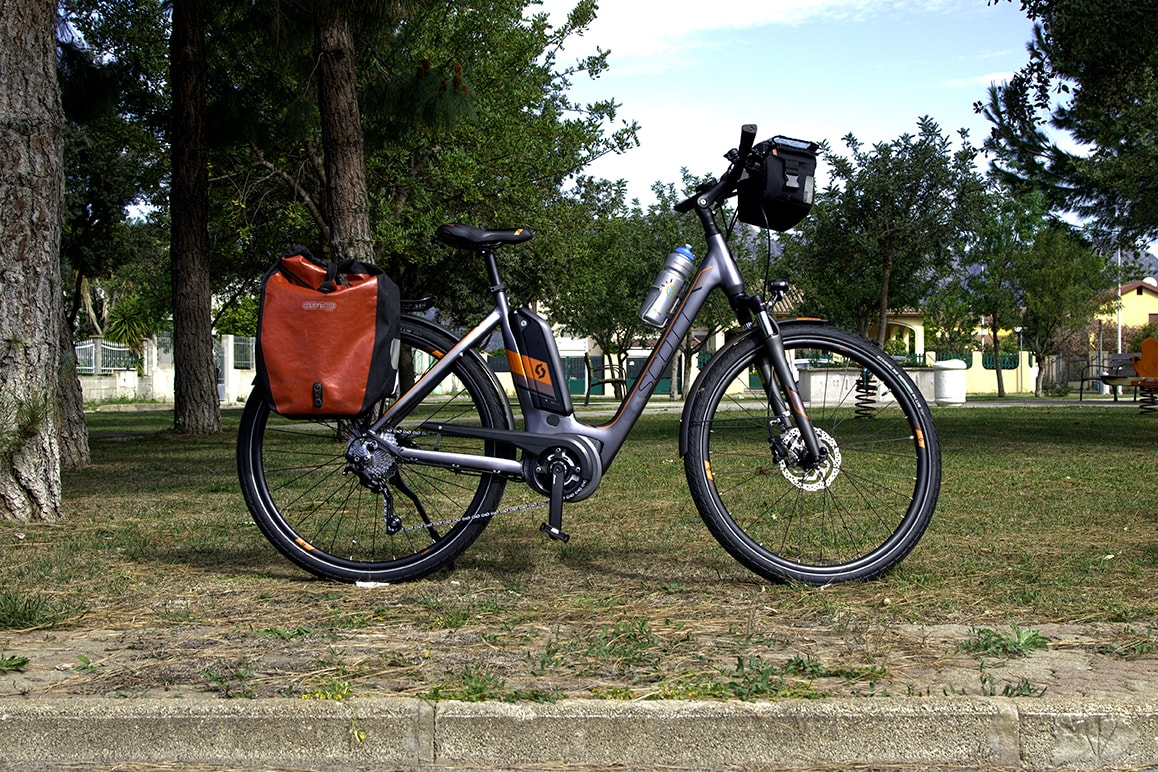 e-bikes scott E-Sub Tour black