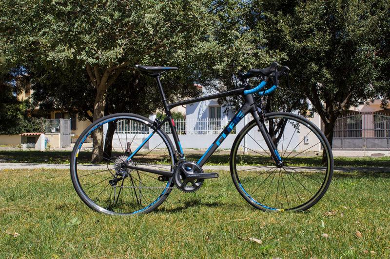 Race bike Cube Attain 2017 for rental